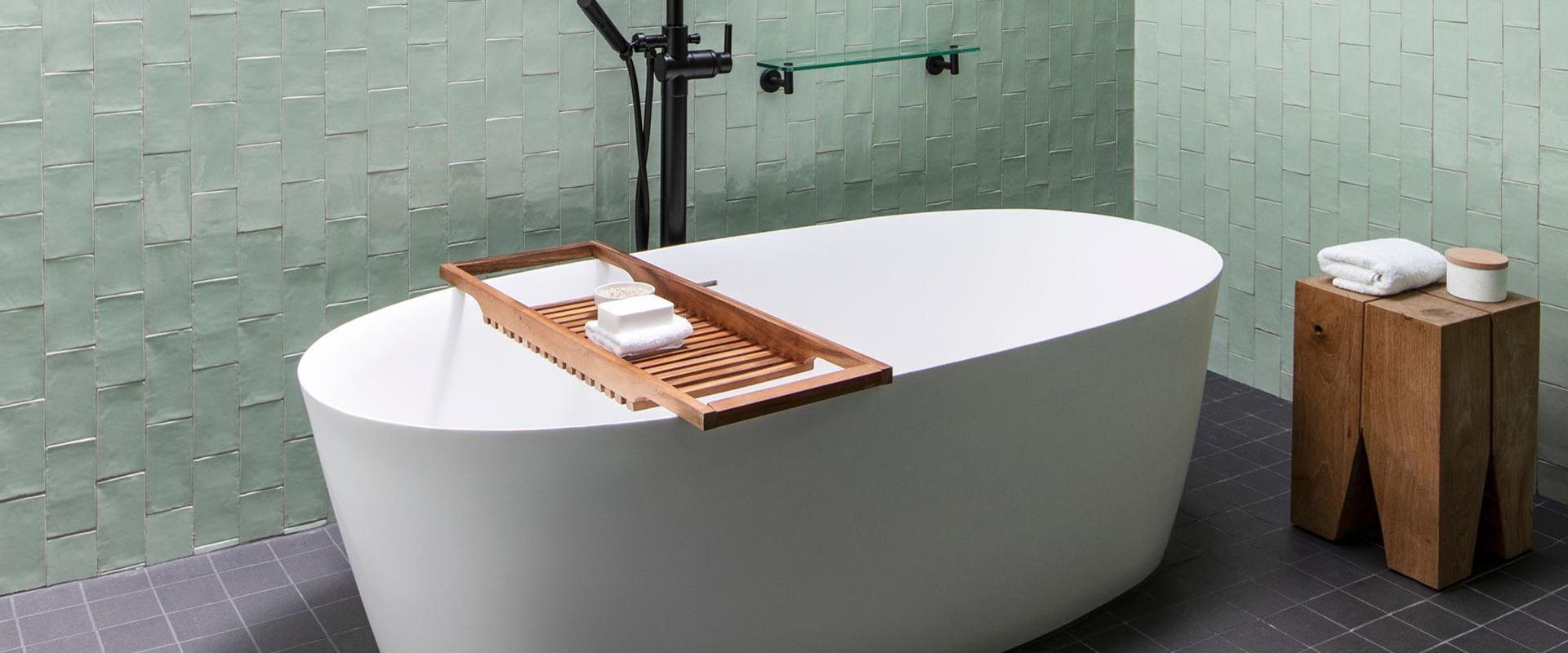 Spa Suite Soaking Tub