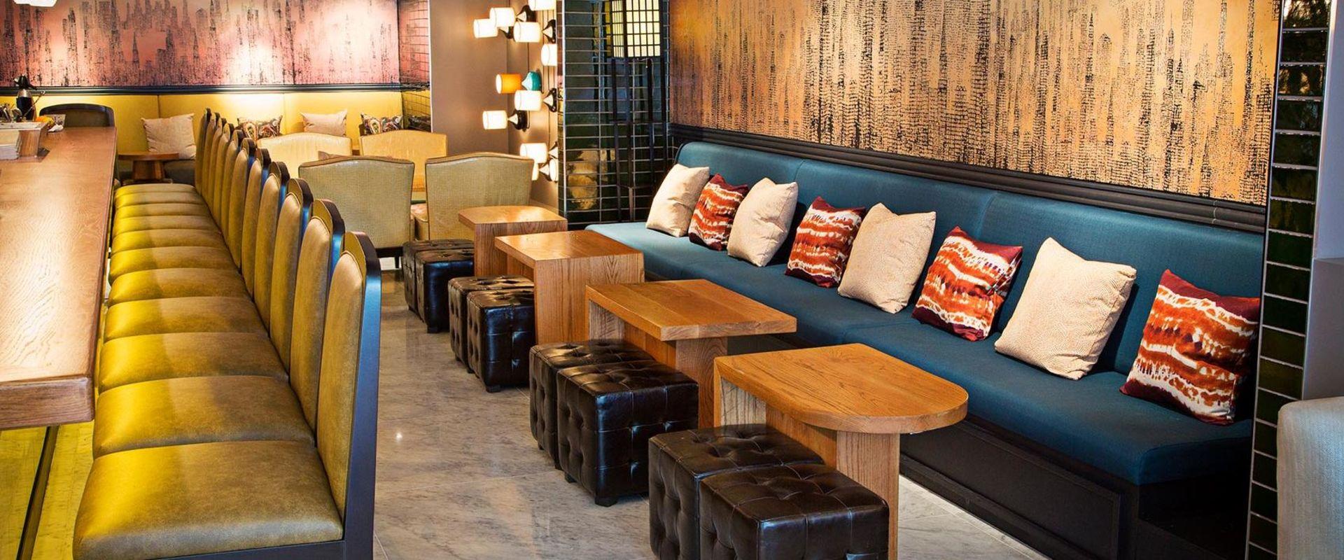 Dupont Circle Bar & Lounge