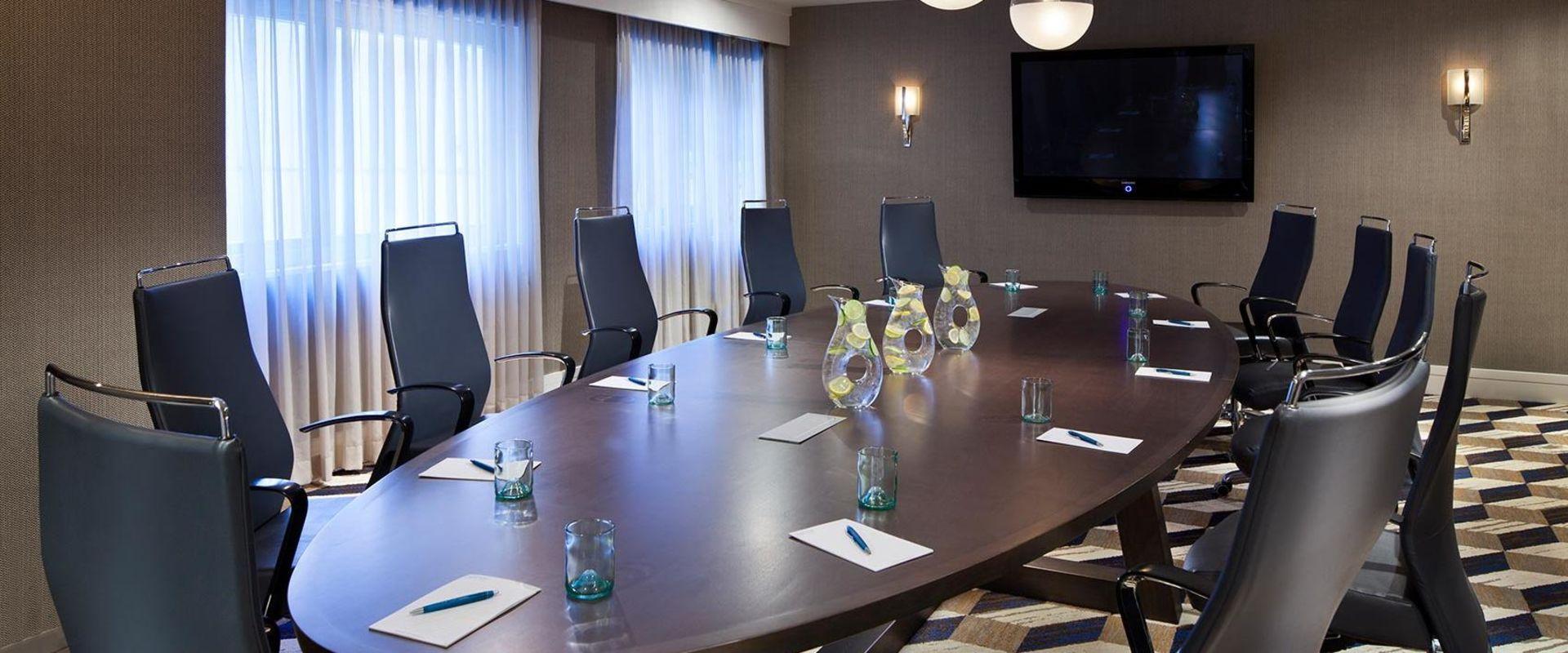 Dupont Circle Boardroom
