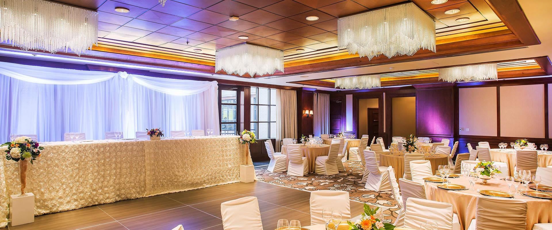 Yorkville Toronto Ballroom with Wedding Setting