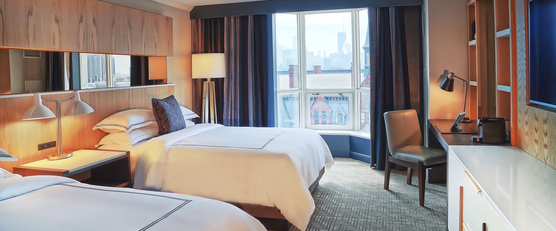 Toronto Double Queen Room with Window