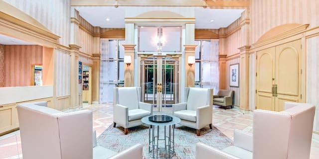 Lobby Reception - undefined