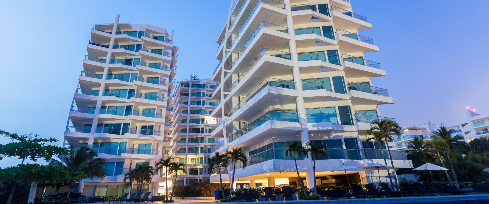 sonesta-hotel-cartagena-exterior-pool