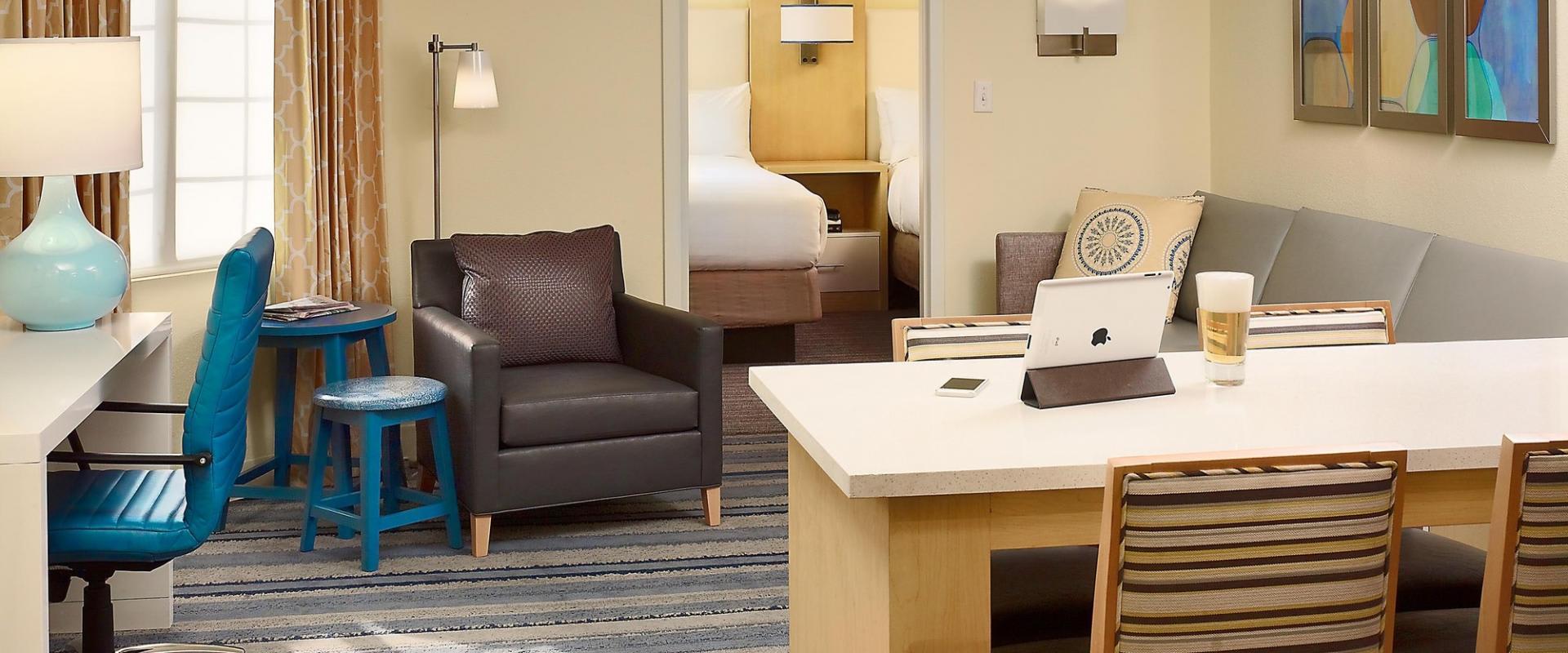 ES Suites suites