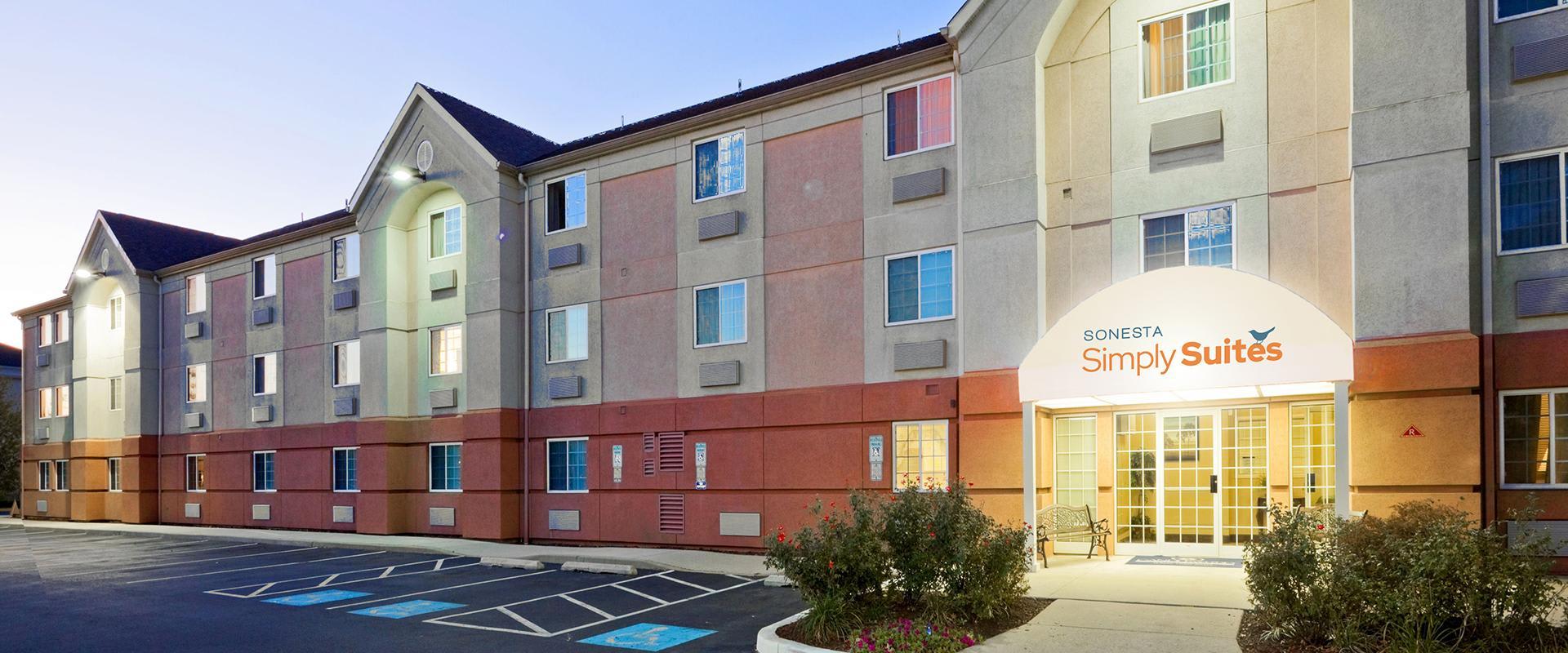 Sonesta Simply Suites Philadelphia Mount Laurel Hotel Exterior