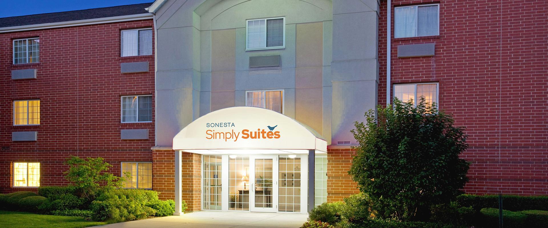 Sonesta Simply Suites Chicago Naperville Hotel Exterior Entrance