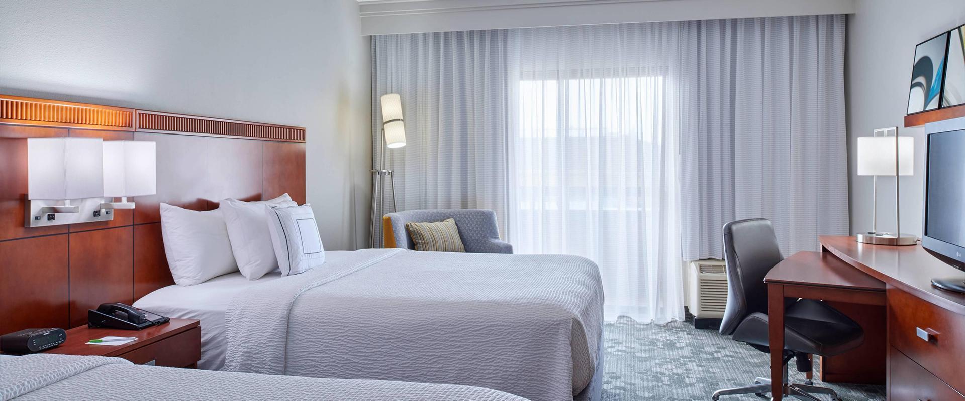 Two Bed Queen Guestroom
