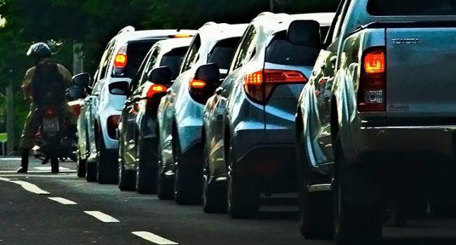 Mês de licenciar carros com placas final 1 e 2