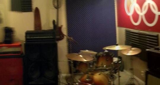 - CloneLab Recording Studio