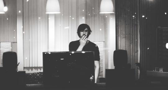 Producer / Mixing Engineer - Jan Kerscher