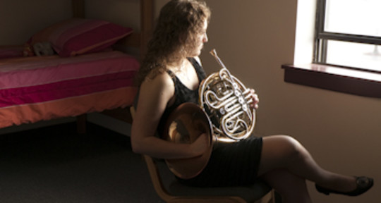Horn Player & Composer - Amparo Edo Biol