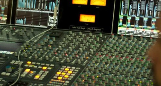Mixing and Mastering - Daniel Lopes