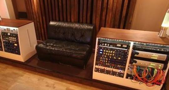 - Velur Studios
