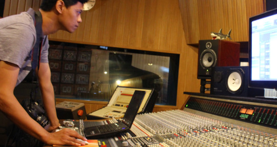 Photo of indra adhidaksa - aimusicpro