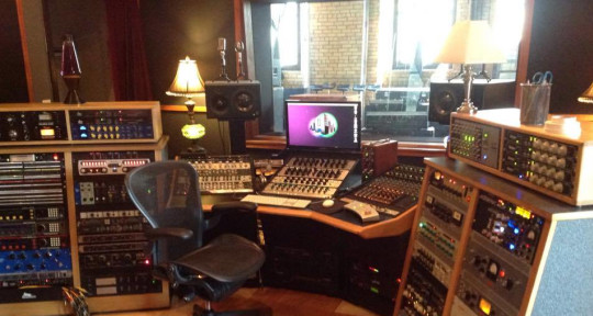 Recording and Mixing Engineer - Andrew Halvorson
