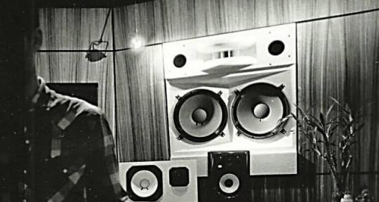 Audio Engineer, Producer - Sam Maul (Shock City Studios)