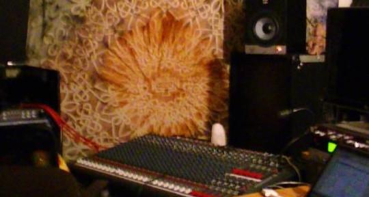 e-Mixing & e-Mastering Studio - United Cultures Studio