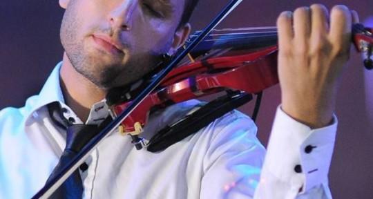 Energy Violinist - Avi Pilcer