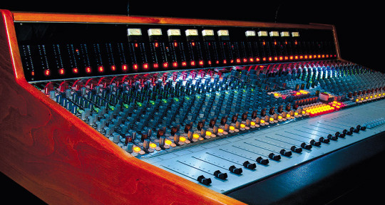 Recording and Mixing Engineer - Andrea Cremonini