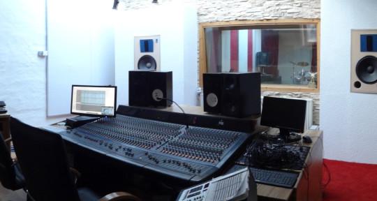 Recording & Mixing Studio - Big House Studios