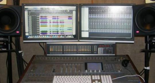 Recording Mixing Studio - Greg Hobson