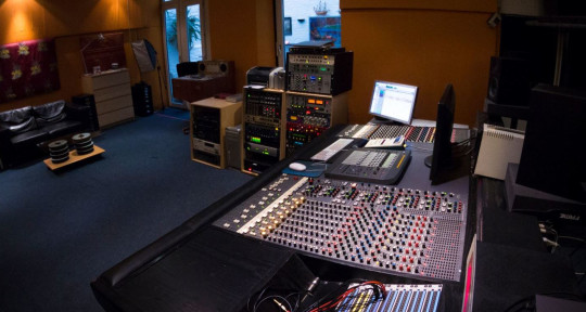Recording Studio - Interface-Studios