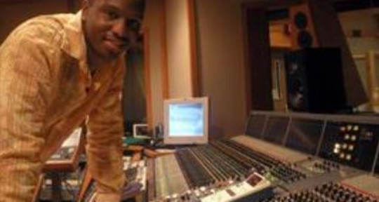 Mixing & Mastering Engineer - Jamal Salter