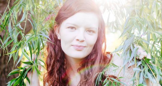 Creative Singer & Songwriter - Merry Ellen Kirk