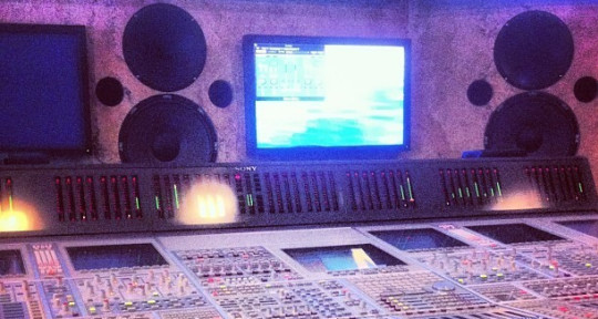 Mixing Engineer - Nil Tufet