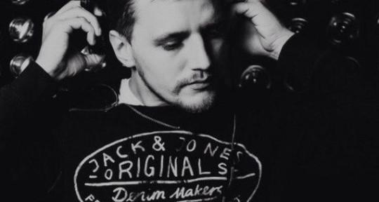 Producer - Leo