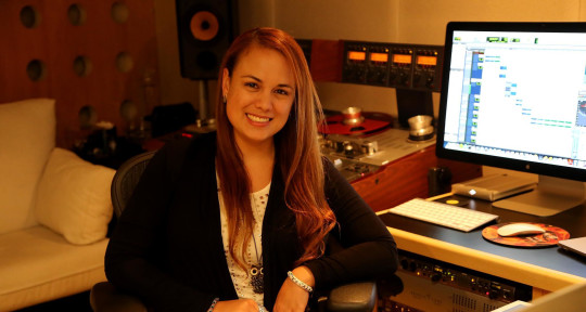 Photo of Natalia Herrera - Mastering