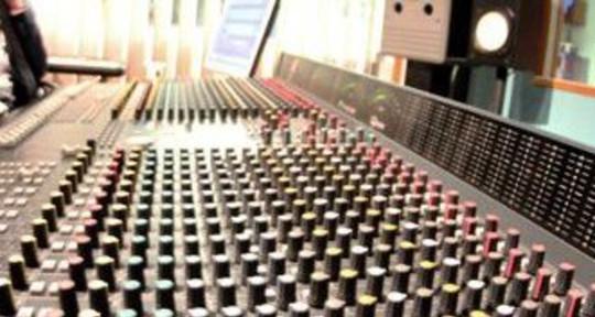 Producer / engineer / musician - Voltage Studios / Tim Walker