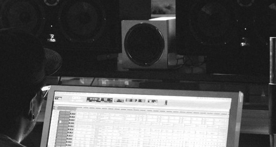 Mixing-Post Audio-Producing - Jon Vez