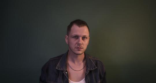 Mixing engineer - Simon Van de Voort