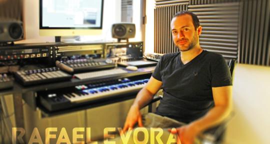 Photo of Rafael Evora