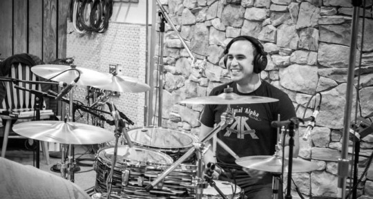Drummer, studio and touring - Valdemar Huguet
