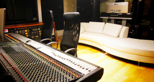 Recording Studio, Mastering - Liberated Studios