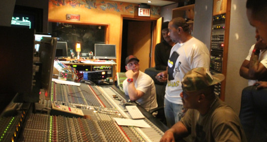 Mixer / Producer / Songwriter - Keith Ross