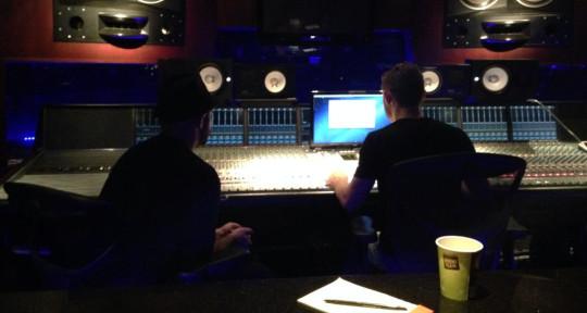 Music Producer, Mixer - Ryan Ferro