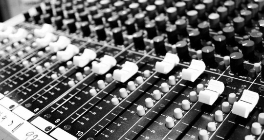 Mixing, Producing & Drumming - Vilin Audio