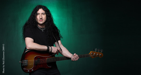 Bassist Fretted & Fretless - James Amelio Pulli