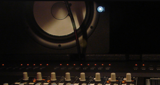 Recording and Mixing Engineer - EMG Studios