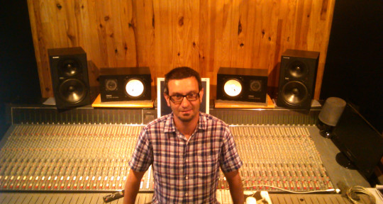 "Record Producer/Mixer/Engineer - Guillermo ""Will"" Maya"