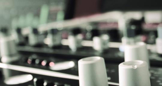HIGH QUALITY EDM MASTERING - Ohrenklinik Online Mastering