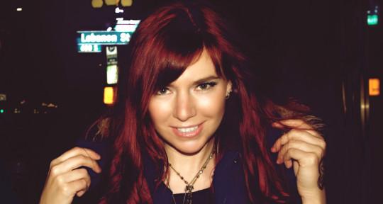singer, topliner, songwriter - Marina V