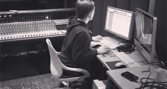 Mixing/Mastering, Guitarist - Paul Saalfrank