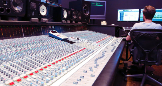 Mixing/Mastering Engineer - Brennan Edmondson