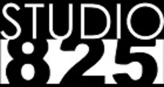 - Studio 825