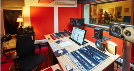Residential recording studio - Studio Pickup