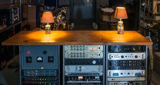 Record Mix Master  - Super 70 Studio
